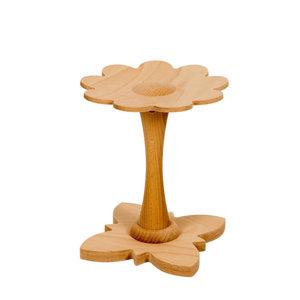 Houten kinderkamer decoratie accessoires naturel. Kinderkrukje hout natuur. Decoratief houten kinderkrukje voor kinderen vanaf